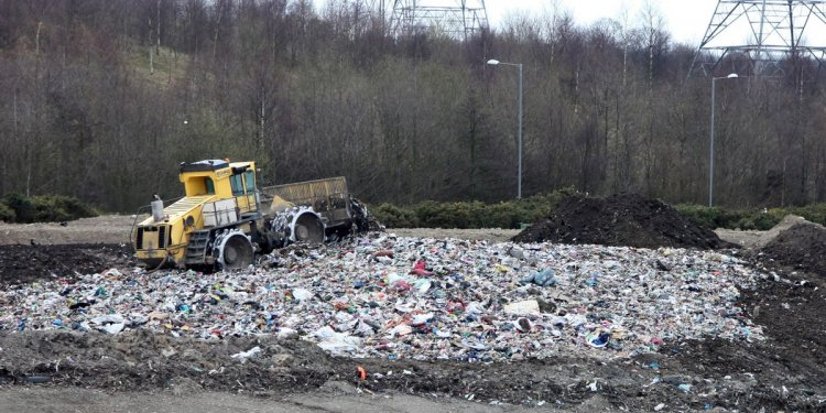 Blaydon homeowners say Gateshead landfill site is stinking out