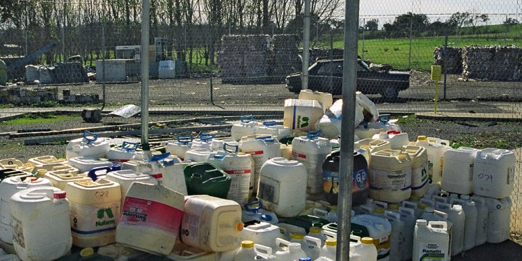 Disposing of hazardous substances | Waikato Regional Council