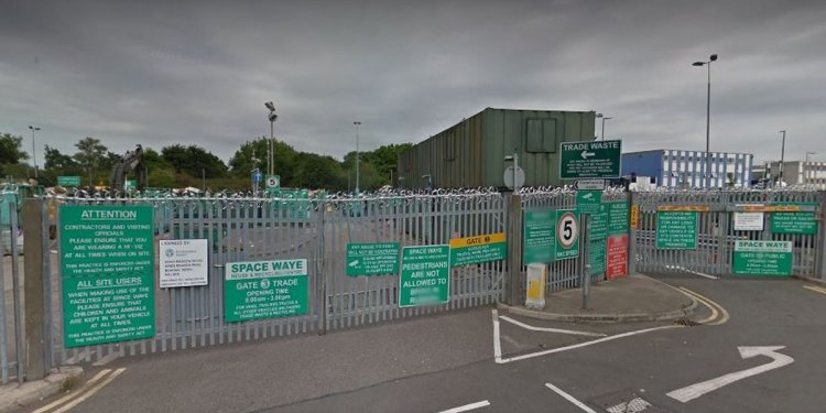 Hounslow waste depot to close for a month as refuse work overruns