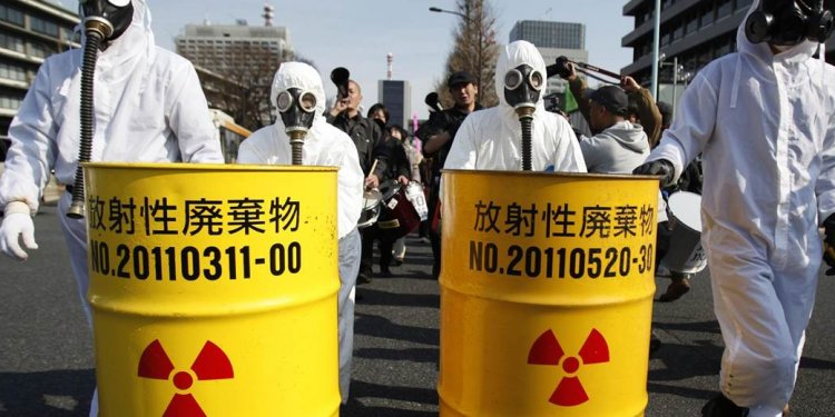 Japan s Well-Placed Nuclear Power Advocates Swat Away Opponents