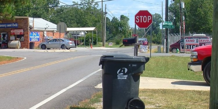Jefferson County changing garbage contract in effort to improve